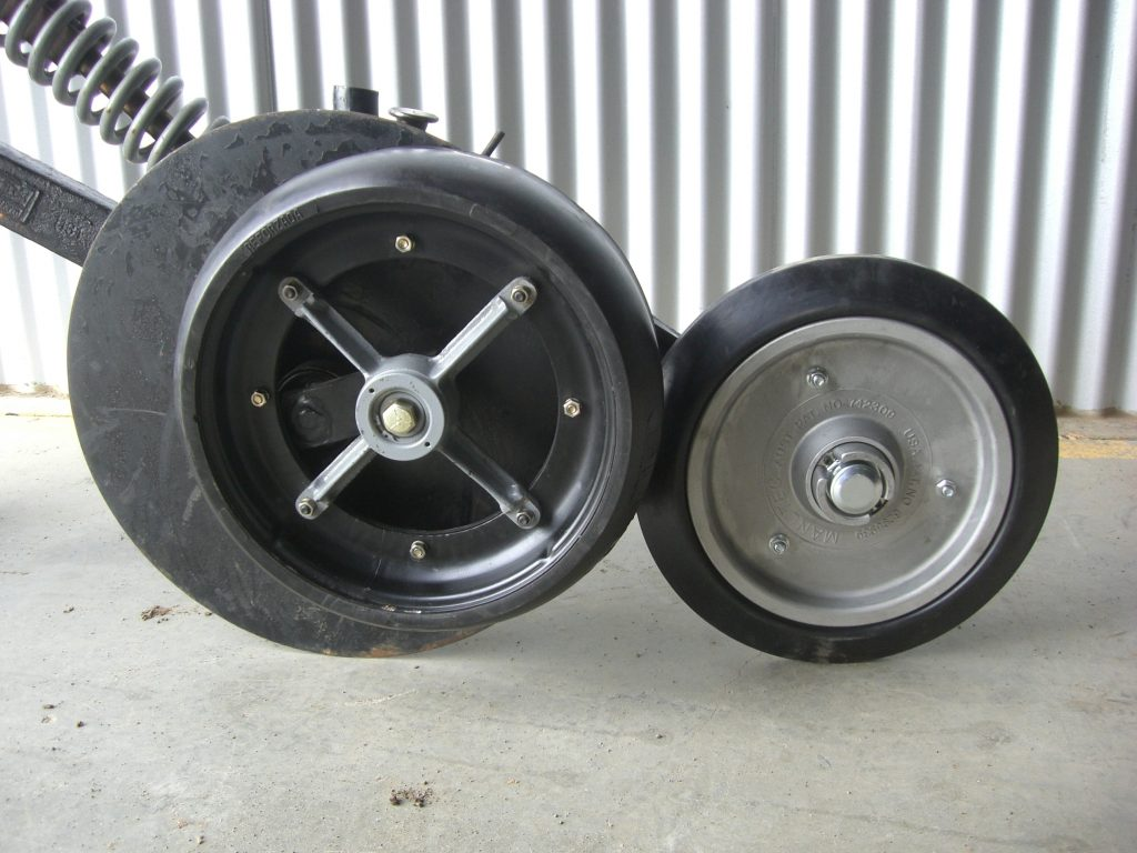 Manutec 15 inch single press wheel option