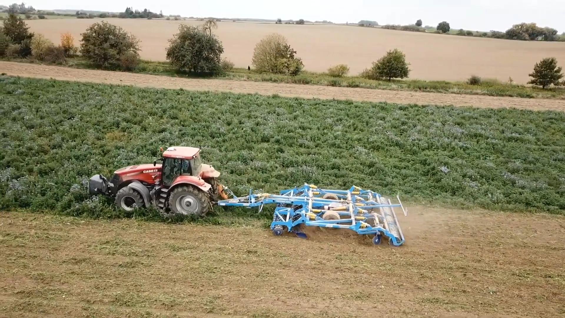 Farmet Triton Speed Disc Cultivator working in heavy stubble