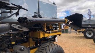 Serafin Ultisow NarrowFold NF loading auger